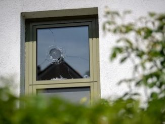Starnberg police station window