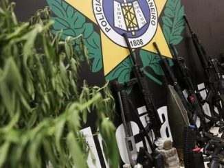 Rio weapons and drugs seized