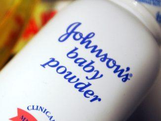 Johnson's Baby Powder