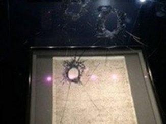 Magna Carta display damage