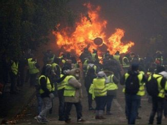 French yellow jacket protests